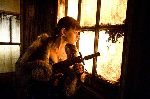 Film Noir Mona Sax Max Payne Femme Fatale