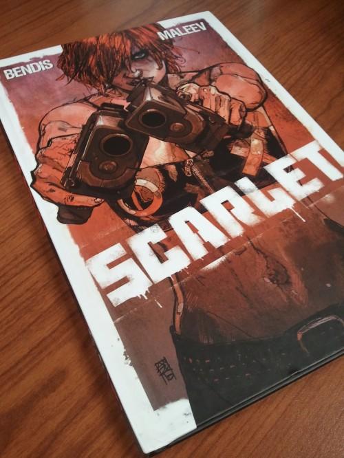 Noir Comics Scarlet Bendis Maleev