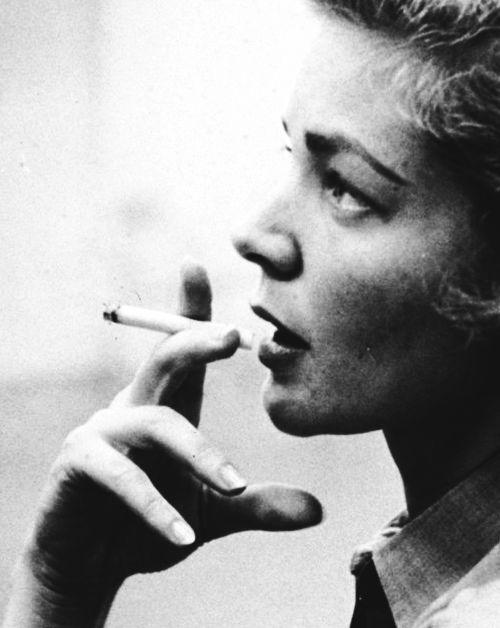 Femme Fatales | Lauren Bacall (4/6)