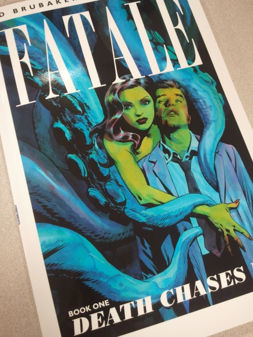Noir Comics Fatale Ed Brubaker Sean Phillips