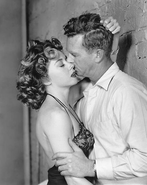 Gloria Grahame Sterling Hayden Naked Alibi 1954