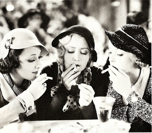 Ann Dvorak Joan Blondell and Bette Davis Three on a Match 1932