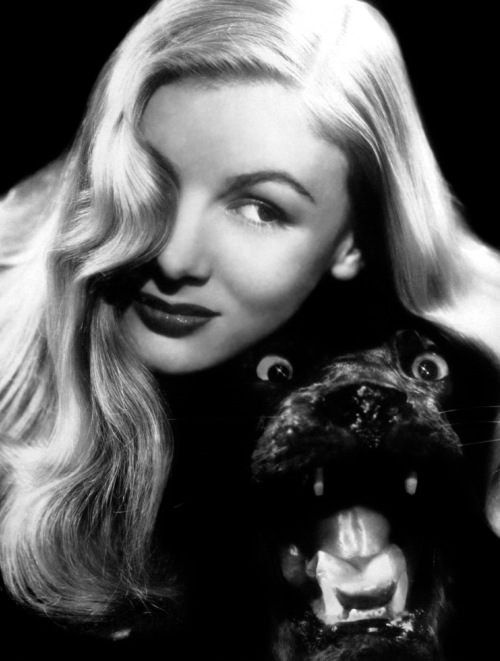 Veronica Lake 1945